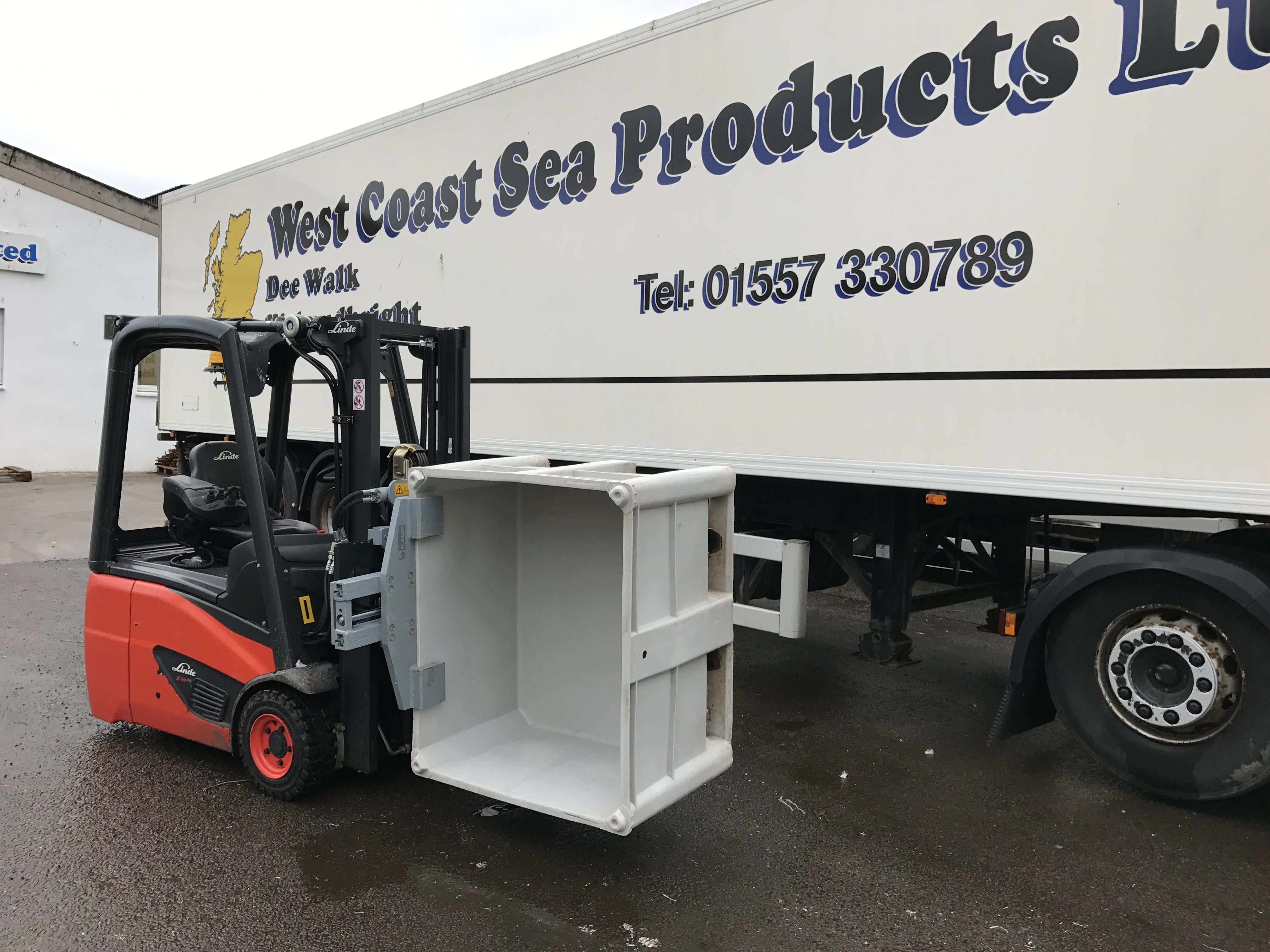 B&B Attachments find a Solution for West Coast Sea Products Bespoke Material Handling
